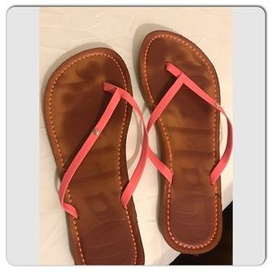 Leather size 7  Malpove thong sandals